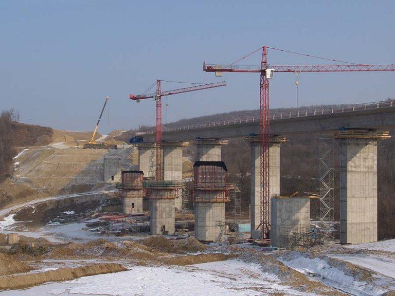 híd építés, autópálya v9lgyhíd építés